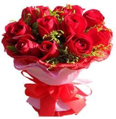 9 adet kirmizi güllerden kipkirmizi buket  Tokat online çiçekçi , çiçek siparişi
