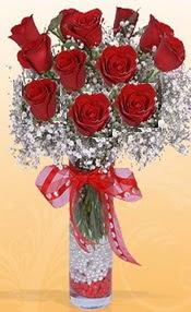 10 adet kirmizi gülden vazo tanzimi  Tokat güvenli kaliteli hızlı çiçek