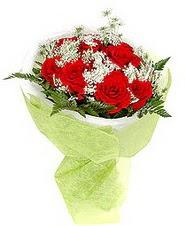 Tokat çiçek online çiçek siparişi  7 adet kirmizi gül buketi tanzimi