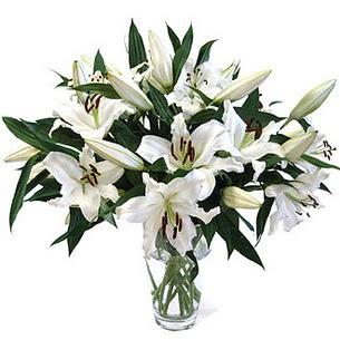 Tokat anneler günü çiçek yolla  3 dal görsel casablanca vazo tanzimi