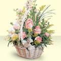 Tokat çiçek satışı  sepette pembe güller