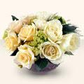 Tokat çiçekçiler  9 adet sari gül cam yada mika vazo da  Tokat cicek , cicekci