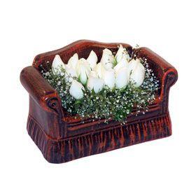 seramik içerisinde 11 gül  Tokat çiçek mağazası , çiçekçi adresleri