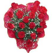 herseyi ile kirmizi buket   Tokat hediye çiçek yolla