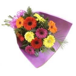 karisik gerbera buketi   Tokat çiçek siparişi vermek