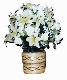 yapay karisik çiçek sepeti   Tokat çiçek siparişi sitesi