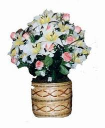 yapay karisik çiçek sepeti   Tokat çiçekçi mağazası