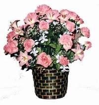 yapay karisik çiçek sepeti  Tokat hediye çiçek yolla