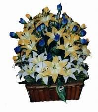 yapay karisik çiçek sepeti   Tokat 14 şubat sevgililer günü çiçek