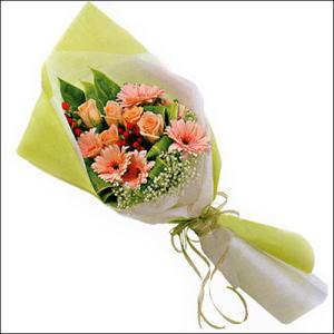 sade güllü buket demeti  Tokat kaliteli taze ve ucuz çiçekler