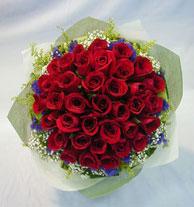 Tokat çiçek online çiçek siparişi  10 adet kirmizi gül sadelikte