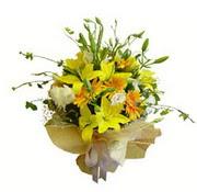 sari lilyum ve gerberalar  Tokat uluslararası çiçek gönderme