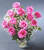 Tokat çiçek gönderme  vazoda 12 adet gül tanzimi
