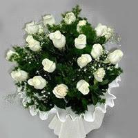 Tokat çiçek mağazası , çiçekçi adresleri  11 adet beyaz gül buketi ve bembeyaz amnbalaj