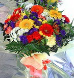 Tokat çiçek mağazası , çiçekçi adresleri  karma büyük ve gösterisli mevsim demeti
