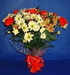Tokat çiçek mağazası , çiçekçi adresleri  kir çiçekleri buketi mevsim demeti halinde