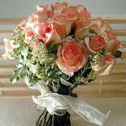 12 adet sonya gül buketi    Tokat 14 şubat sevgililer günü çiçek