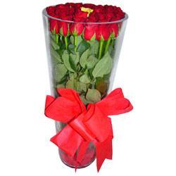 Tokat hediye çiçek yolla  12 adet kirmizi gül cam yada mika vazo tanzim