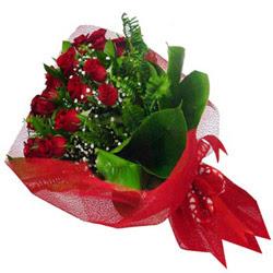Tokat internetten çiçek satışı  12 adet kirmizi essiz gül buketi - SEVENE ÖZEL