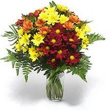 Tokat güvenli kaliteli hızlı çiçek  Karisik çiçeklerden mevsim vazosu