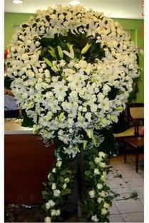 Cenaze çelenk , cenaze çiçekleri , çelengi  Tokat hediye sevgilime hediye çiçek