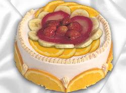 leziz pastane 4 ile 6 kisilik yas pasta meyvali yaspasta  Tokat internetten çiçek satışı