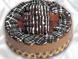 taze pastane den 4 ile 6 kisilik yas pasta kestaneli yaspasta  Tokat yurtiçi ve yurtdışı çiçek siparişi