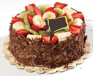 pastaci firmasindan 4 ile 6 kisilik çikolata meyvali yaspasta  Tokat güvenli kaliteli hızlı çiçek