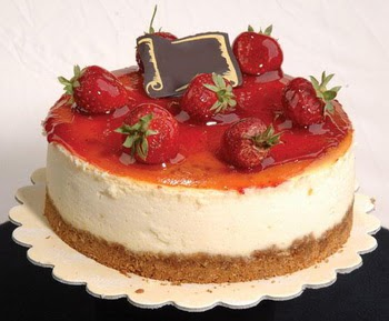 online pastaci 4 ile 6 kisilik yas pasta çilekli  Tokat güvenli kaliteli hızlı çiçek