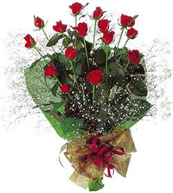 11 adet kirmizi gül buketi özel hediyelik  Tokat kaliteli taze ve ucuz çiçekler