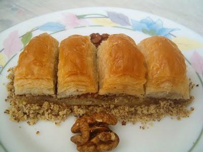 online pastane Essiz lezzette 1 kilo cevizli baklava  Tokat çiçek yolla