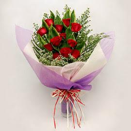 çiçekçi dükkanindan 11 adet gül buket  Tokat kaliteli taze ve ucuz çiçekler