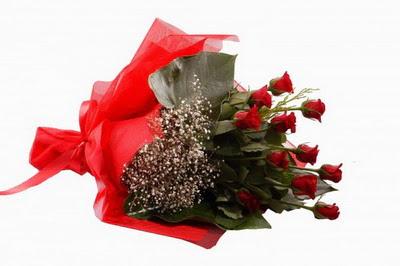Tokat güvenli kaliteli hızlı çiçek  11 adet kirmizi gül buketi çiçekçi