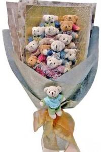 12 adet ayiciktan buket tanzimi  Tokat çiçek yolla