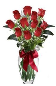 11 adet kirmizi gül vazo mika vazo içinde  Tokat çiçek satışı