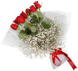 7 adet essiz kalitede kirmizi gül buketi  Tokat ucuz çiçek gönder
