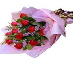 11 adet kirmizi güllerden görsel buket  Tokat cicekciler , cicek siparisi