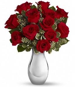 Tokat İnternetten çiçek siparişi   vazo içerisinde 11 adet kırmızı gül tanzimi