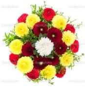 Tokat kaliteli taze ve ucuz çiçekler  13 adet mevsim çiçeğinden görsel buket