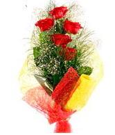 5 li kırmızı gül buketi  Tokat yurtiçi ve yurtdışı çiçek siparişi