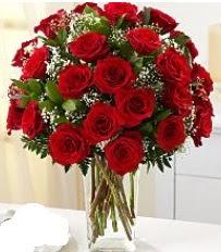 Vazo içerisinde 33 adet kırmızı gül  Tokat çiçek yolla