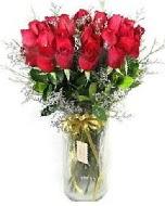 27 adet vazo içerisinde kırmızı gül  Tokat cicek , cicekci