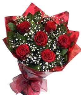 6 adet kırmızı gülden buket  Tokat internetten çiçek siparişi