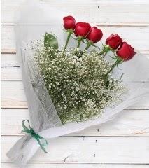 5 kırmızı gülden sade buket  Tokat uluslararası çiçek gönderme