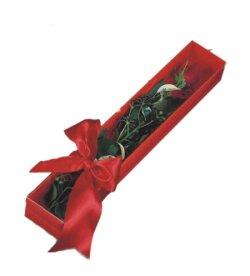 Tokat hediye çiçek yolla  tek kutu gül sade ve sik
