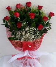 11 adet kırmızı gülden görsel çiçek  Tokat hediye sevgilime hediye çiçek