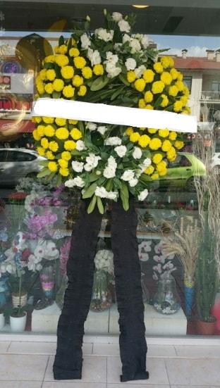 Cenaze çiçek modeli cenaze çiçeği  Tokat anneler günü çiçek yolla