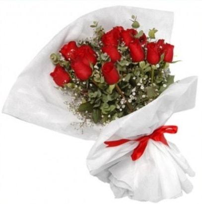 9 adet kırmızı gül buketi  Tokat kaliteli taze ve ucuz çiçekler