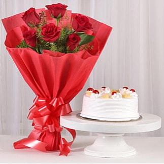6 Kırmızı gül ve 4 kişilik yaş pasta  Tokat çiçek online çiçek siparişi