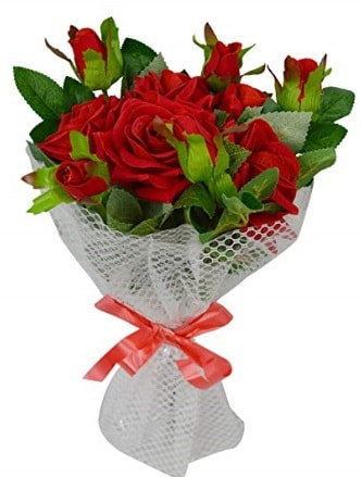 9 adet kırmızı gülden sade şık buket  Tokat anneler günü çiçek yolla